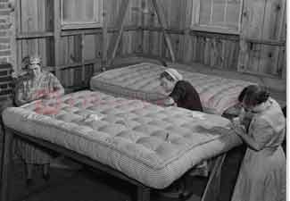 Matrac, ágy története
